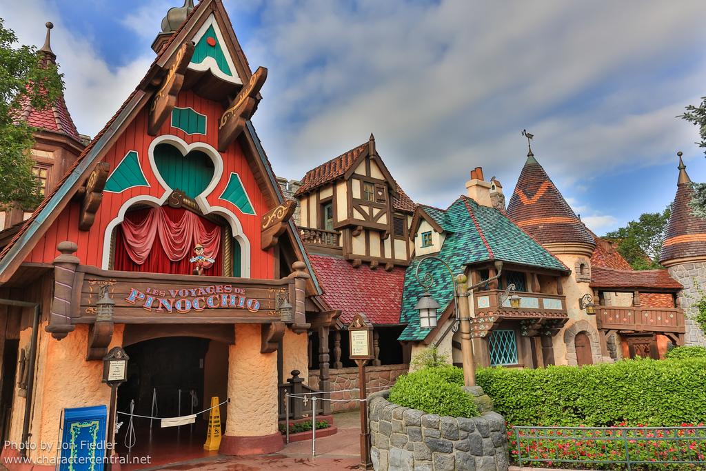 Les Voyages des Pinocchio