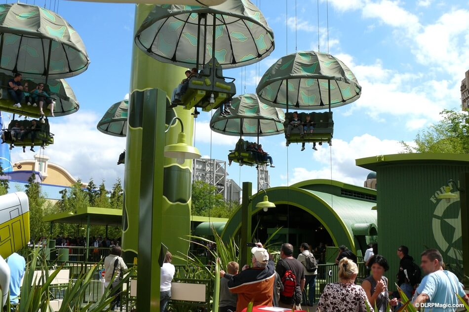Toy Soldiers Parachute Drop