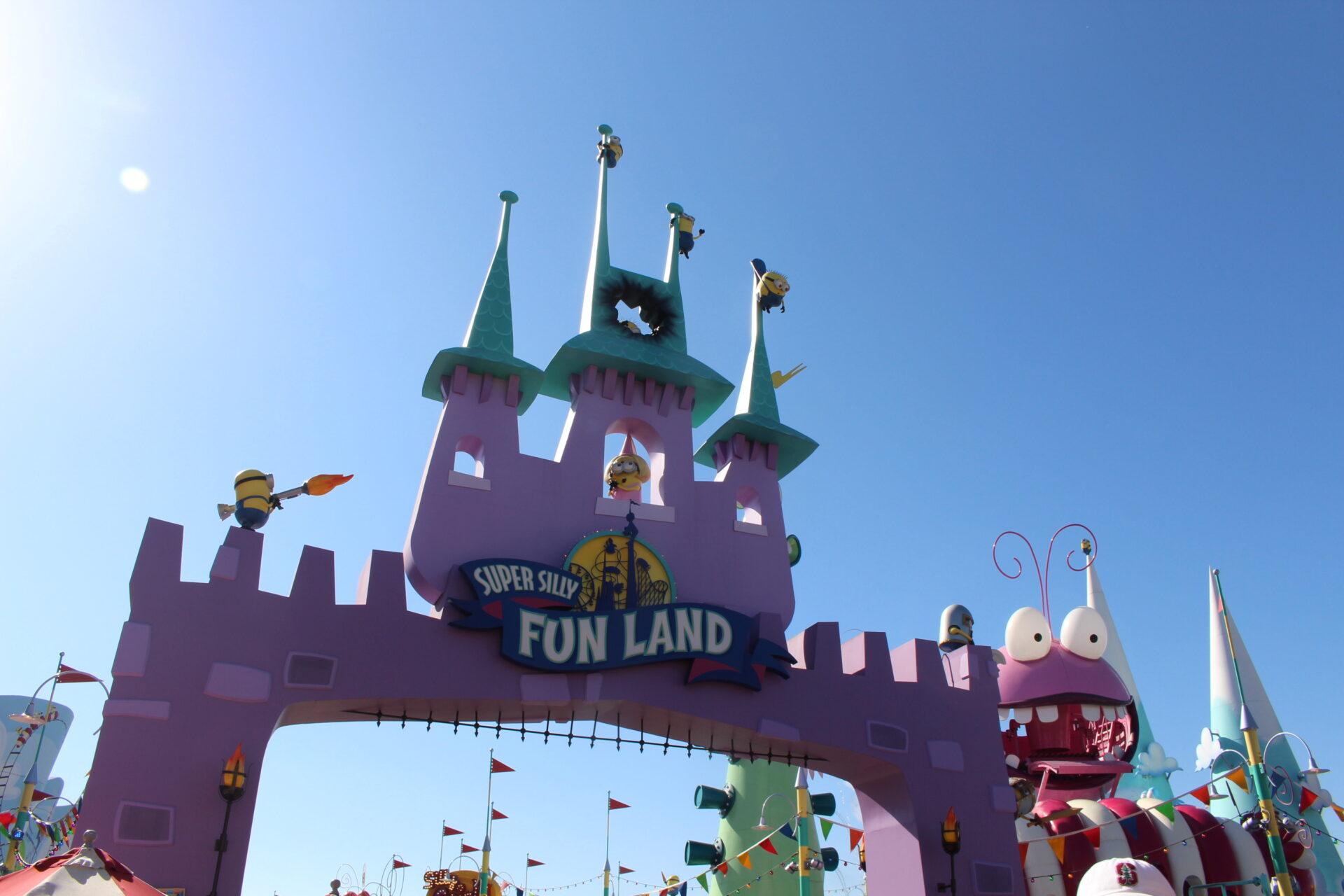 Universal Studios Hollywood - Silly Swirly Fun Land