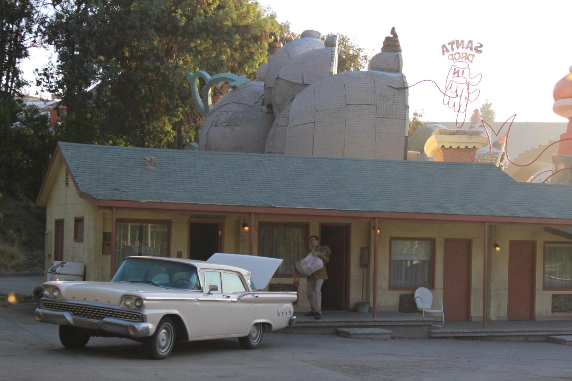 Simulação da famosa cena do filme Psicose, no Bates Motel.